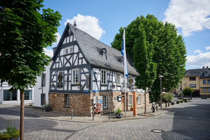 Höhr Grenzhausen - Natur Kultur Keramik - Fachwerk