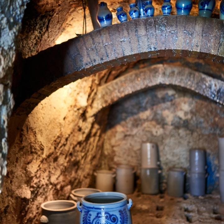 kannenofen, kannenofenmuseum, natur-kultur-keramik, höhr-grenzhausen, euler, steinzeug, ton, keramik, salzbrand, graublau