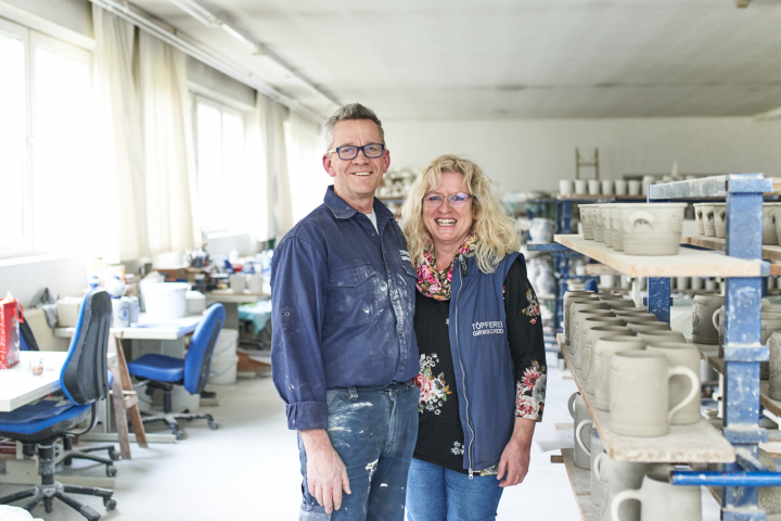 Porträt Joachim und Gitta Ermert der töpferei Girmscheid in Höhr-Grenzhausen