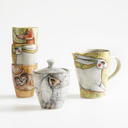 Bunt illustriertes Steinzeuggeschirr von Meyer & Matschke Keramik