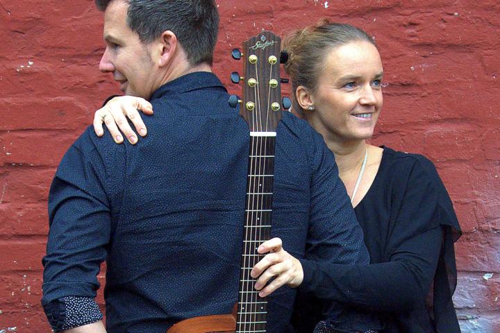 Duo Harmonie, präsentiert durch das Jugend und Kulturzentrum zweite Heimat spielt im Gasthof Till Eulenspiegel in Höhr-Grenzhausen